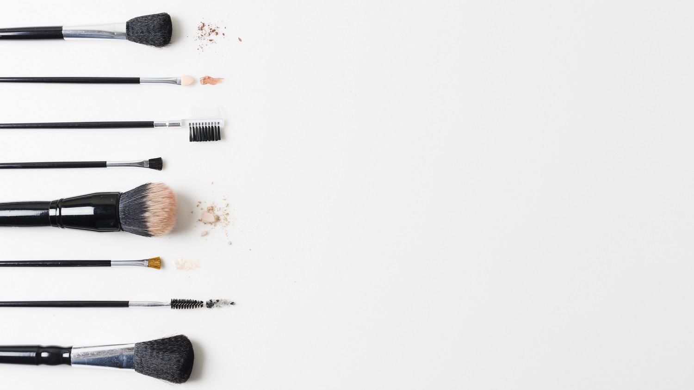 Creare una postazione make-up nel proprio bagno